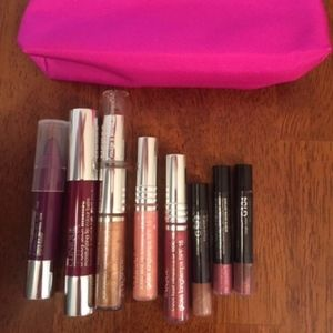 Lip glosses with case